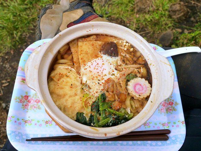 丹沢名物、鍋割山の鍋焼きうどん