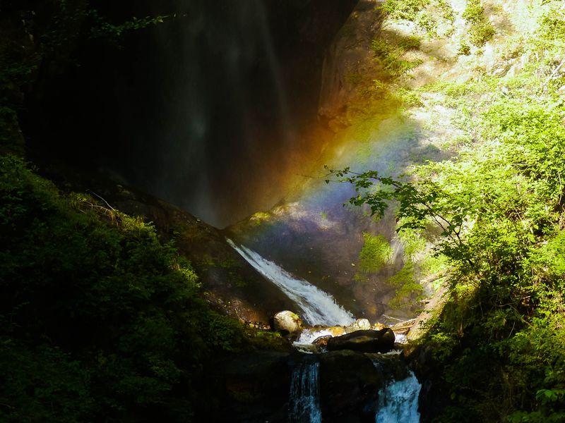 """幻の""""虹の大滝""""もある!一度は見るべき山梨「昇仙峡」の風景"""