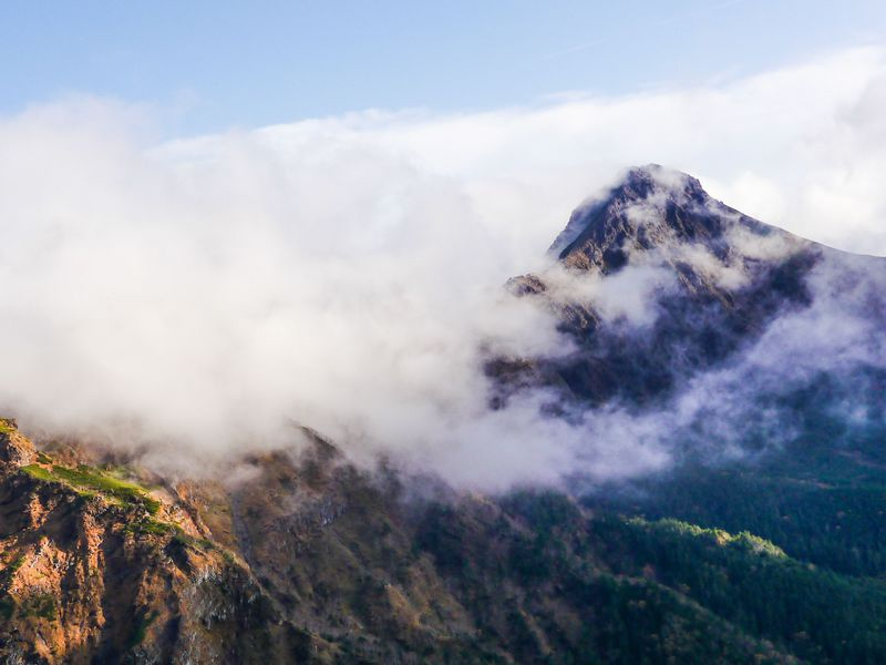 地蔵尾根から見える赤岳が絶景!
