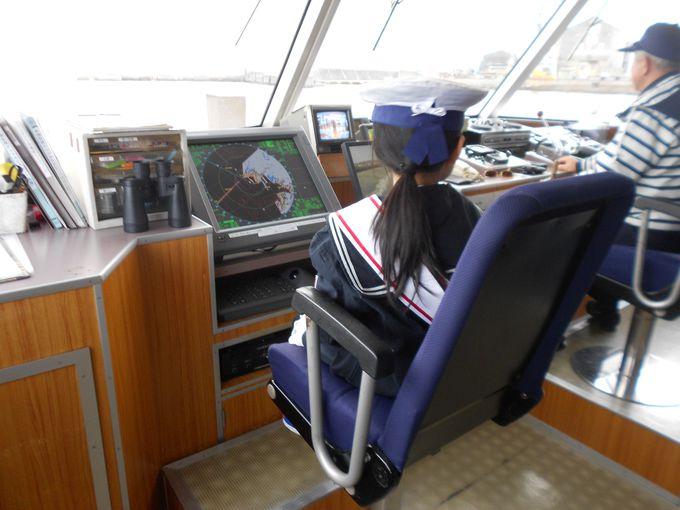 神戸ベイエリアを海から観光「神戸港クルーズ」