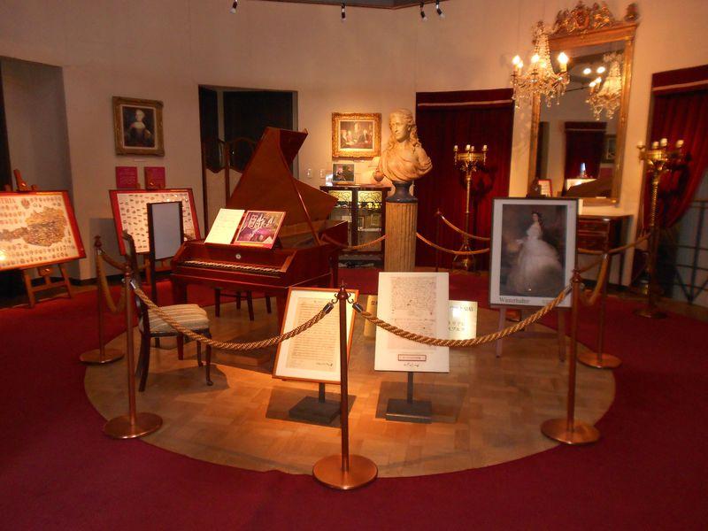 神戸・北野「ウィーン・オーストリアの家」モーツァルトの直筆楽譜(複製)も展示!