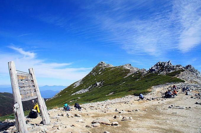 僅かな登山時間で中央アルプス最高峰・木曽駒ヶ岳の山頂へ!