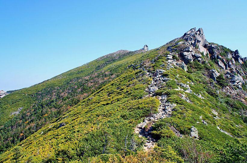 アルペンムード溢れる稜線美と絶景!