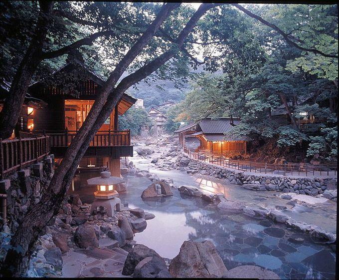 映画『テルマエ・ロマエ』でも話題!大自然に囲まれた秘湯「宝川温泉」
