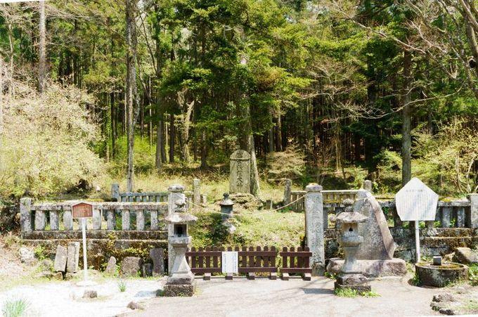 名前が不思議!?人穴浅間神社