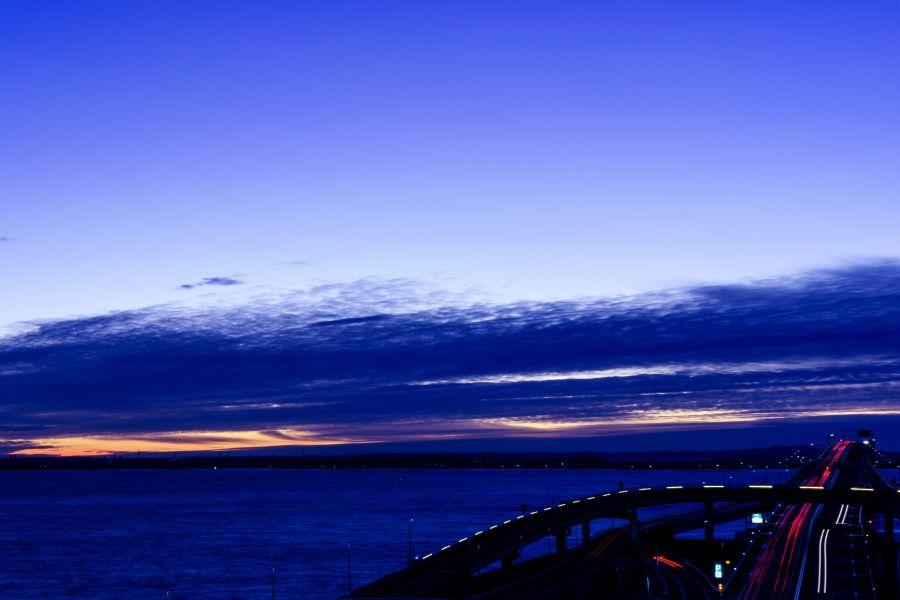 夜明けや夕暮れ時のドラマティックな景色を楽しもう!