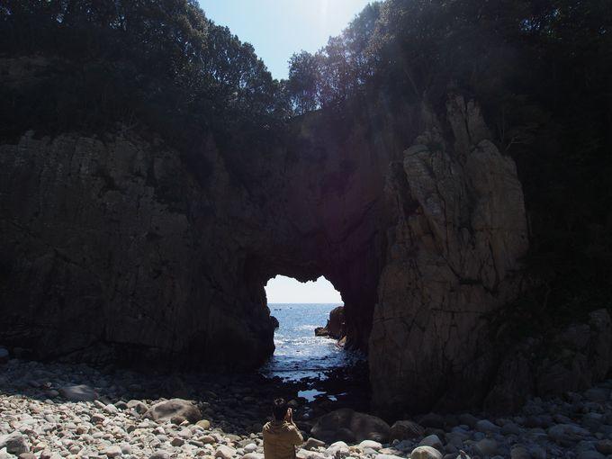 日本一の花崗岩洞門!白山洞門
