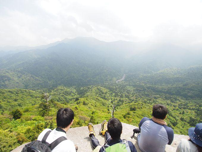 トレッキングのご褒美。巨岩・太鼓岩からの絶景!