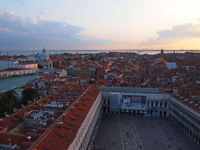 街を一望!街一番の鐘楼からの眺め