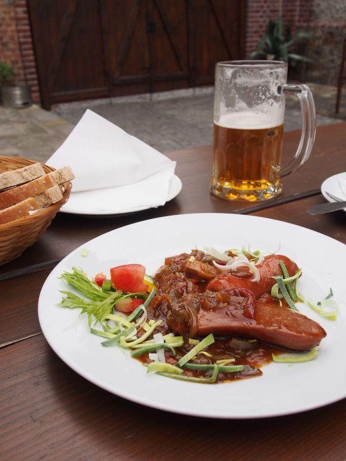 地ビール・エッゲンベルクの醸造所でチェコ料理とビール!