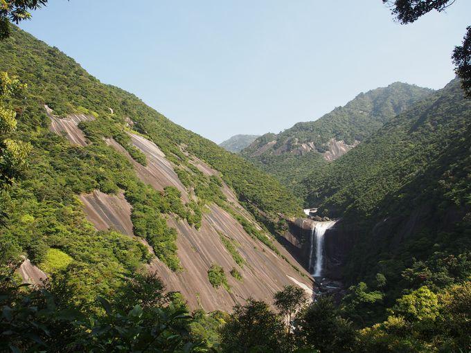 超巨大花崗岩の渓谷美「千尋の滝」