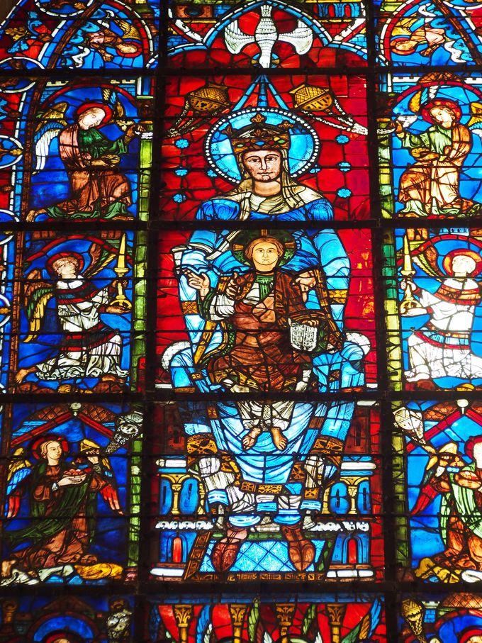 その青の名はシャルトルブルー!シャルトル大聖堂