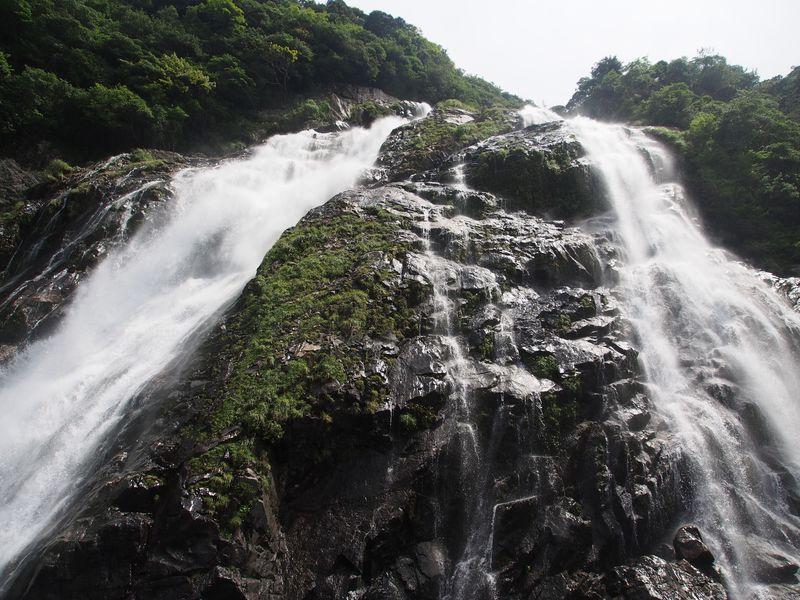日本百名瀑にも選ばれた「大川の滝」