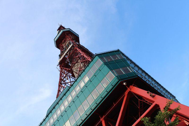 日本夜景遺産「さっぽろテレビ塔」は大通公園のシンボルです♪