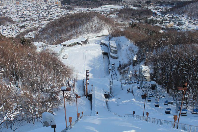 大空を飛ぶスリルを共感しよう♪札幌「大倉山ジャンプ競技場」!