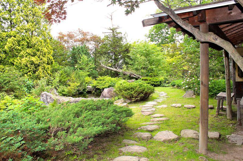 「真正閣」のある和風庭園
