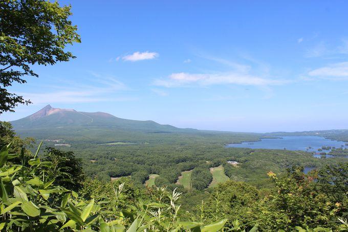 駒ヶ岳と沼の織りなす景観が美しい「大沼国定公園」