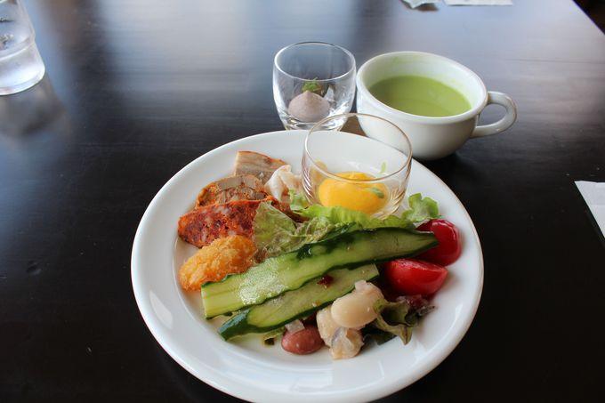 新鮮野菜をたっぷり楽しむ前菜!