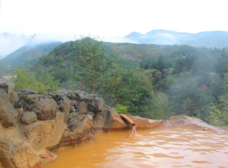 北海道で一番高い場所の温泉!2種類の泉源を持つ「凌雲閣」