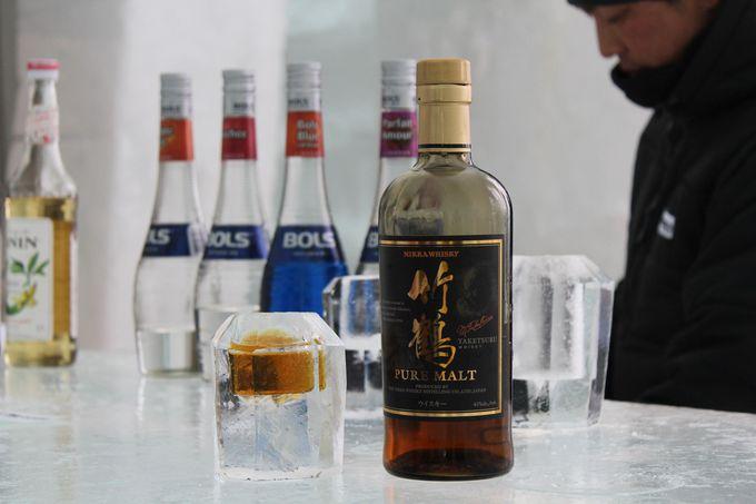 氷を入れなくても、ロックウイスキー