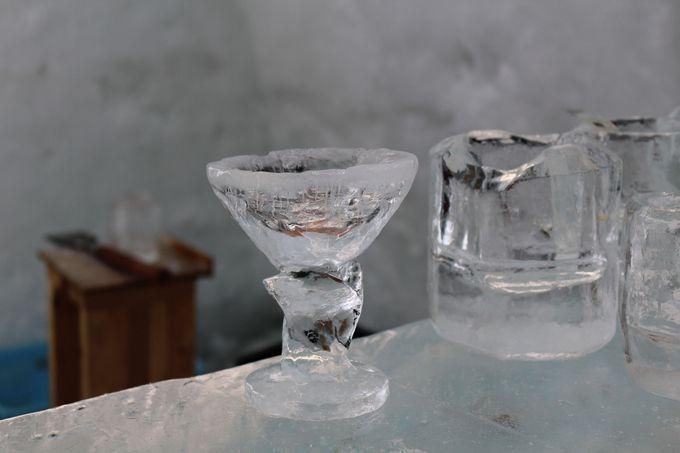 手作りグラスで飲むお酒は美味しい