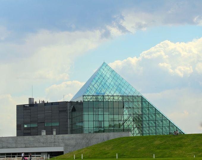 1.まるでルーヴル?おしゃれなガラスのピラミッド/北海道