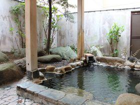 月岡温泉で泊まりたい!おすすめの宿7選 エメラルドグリーンの湯を満喫