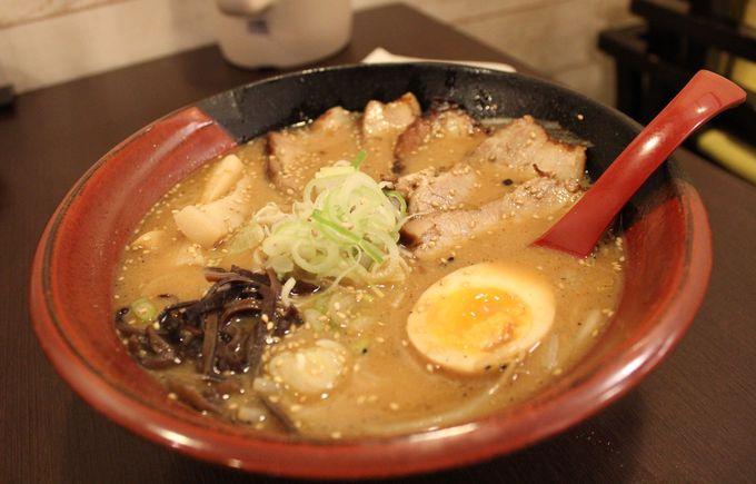 札幌吉山商店・「焙煎ごまみそラーメン」