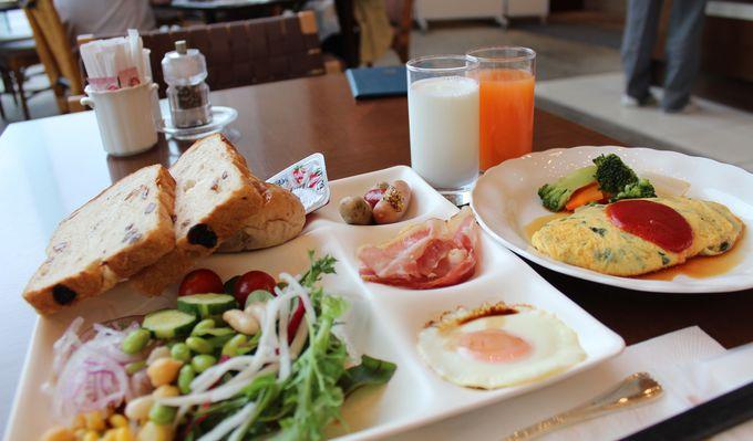 焼きたてオムレツが美味しい朝食ビュッフェ「カメリア」