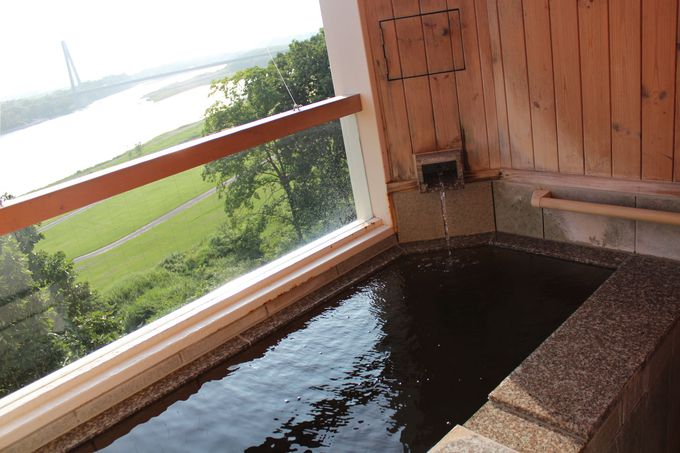 「観月苑」客室露天風呂で癒されよう!