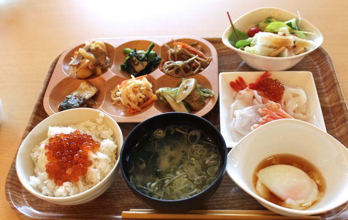 お刺身食べ放題「観月苑」自慢の絶品朝ご飯!