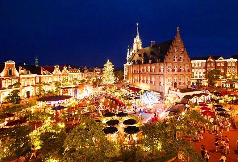 「アムステルダム広場」はまるでヨーロッパの街並み!