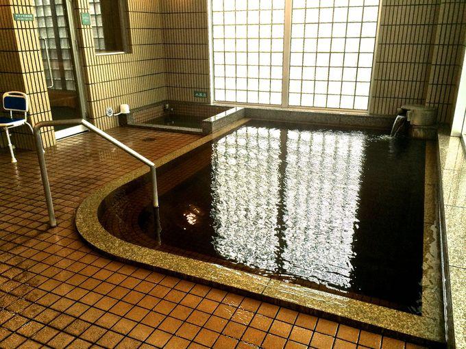 ホテル自慢の源泉かけ流しのモール温泉!