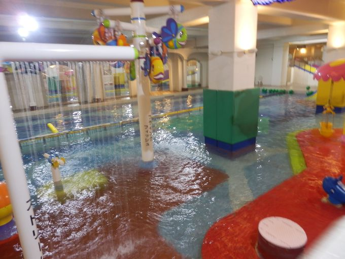 水の王国 ラグーンで充実の水遊びも!