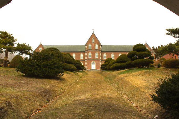 懐かしく感じる修道院と資料室!