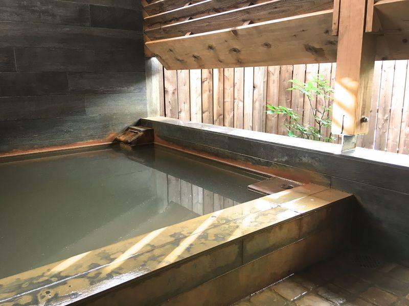皮膚の悩みに効くと評判の名湯!北海道豊富温泉「川島旅館」