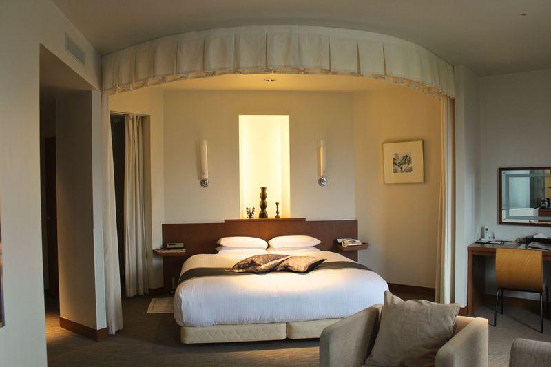 客室からの景色も凄い!「札幌パークホテル」VIPフロア