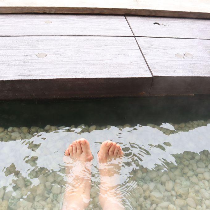 温泉の足湯に浸かってみよう