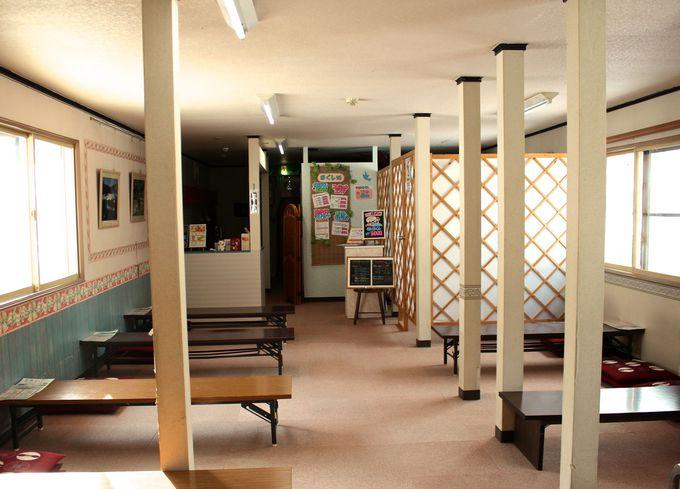 二階休憩室とリラクゼーションサロンも!