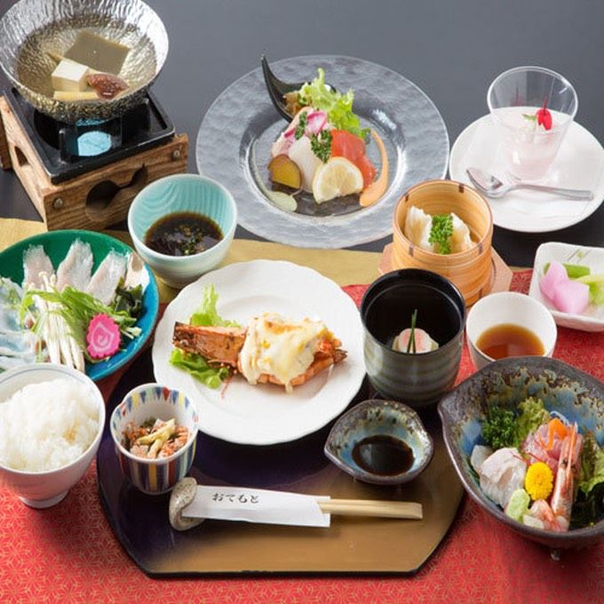 食事は1階レストラン「海花里(みかり)」で!