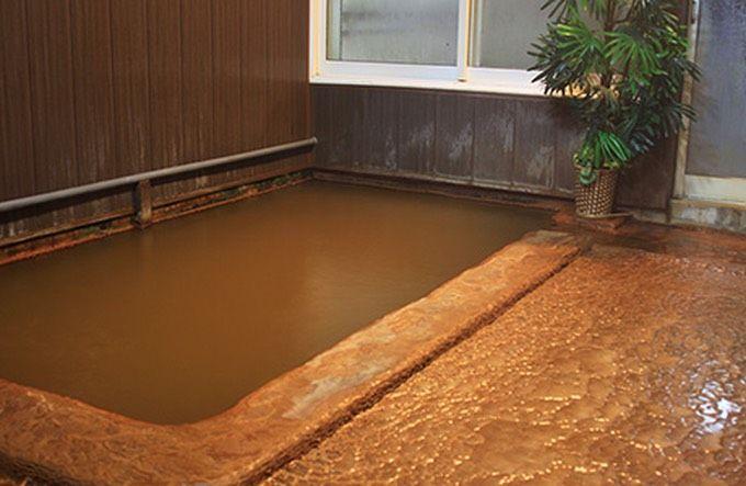 源泉掛け流しの温泉に入ってみよう