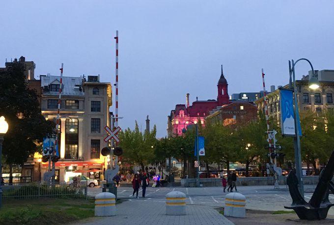 旧市街の中心的な「ジャック・カルティエ広場」