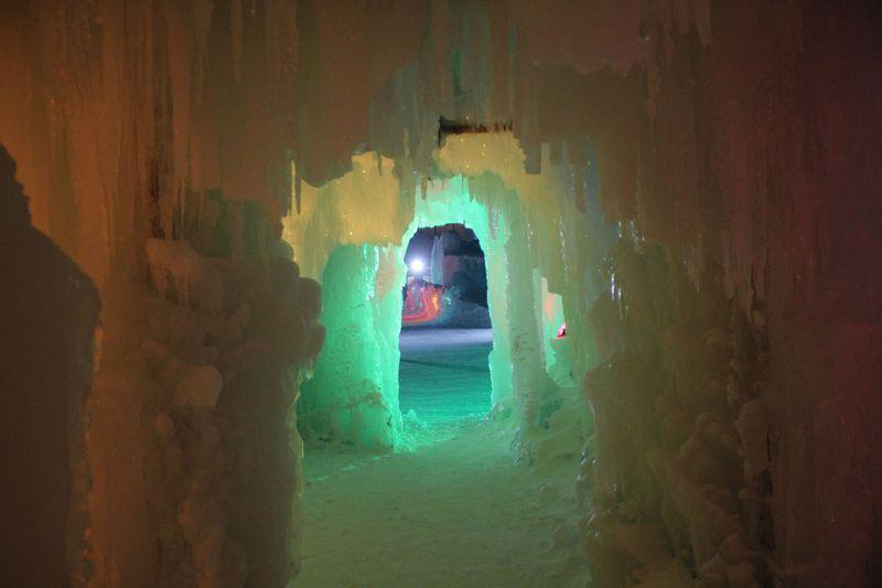 メイン氷像「赤れんが庁舎」