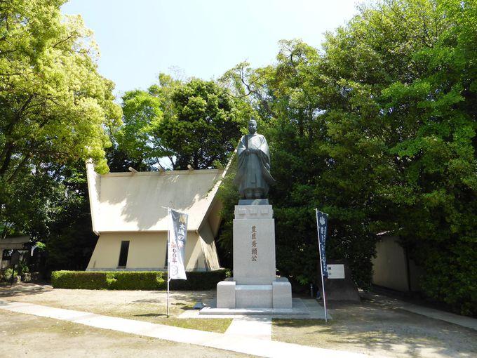 『玉造稲荷神社』境内ある『難波玉造資料館』
