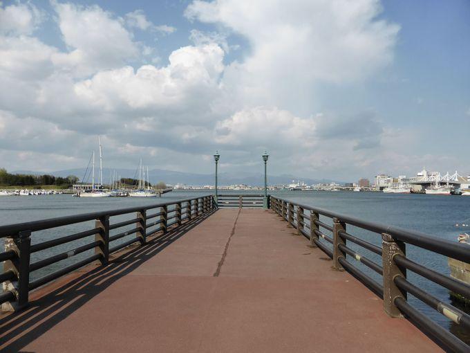 旧桟橋(東浜桟橋)は北海道への第一歩