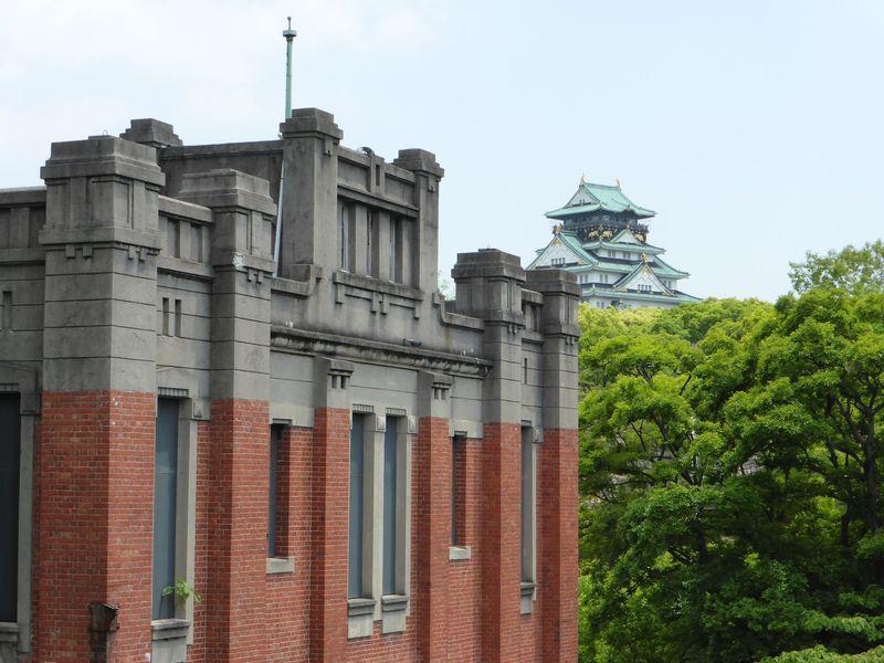 大阪城公園内の大正・昭和初期の軍事施設跡を訪ねる | 大阪府 | LINE ...