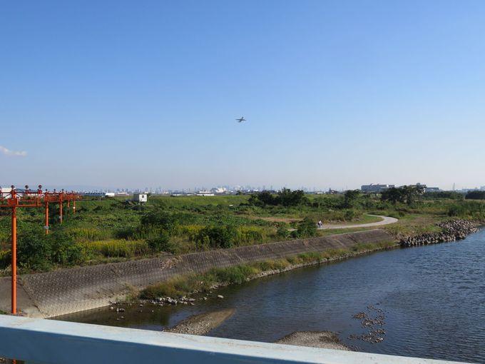 国道171号線の猪名川に掛かる橋「軍行橋」も絶好なポイントです