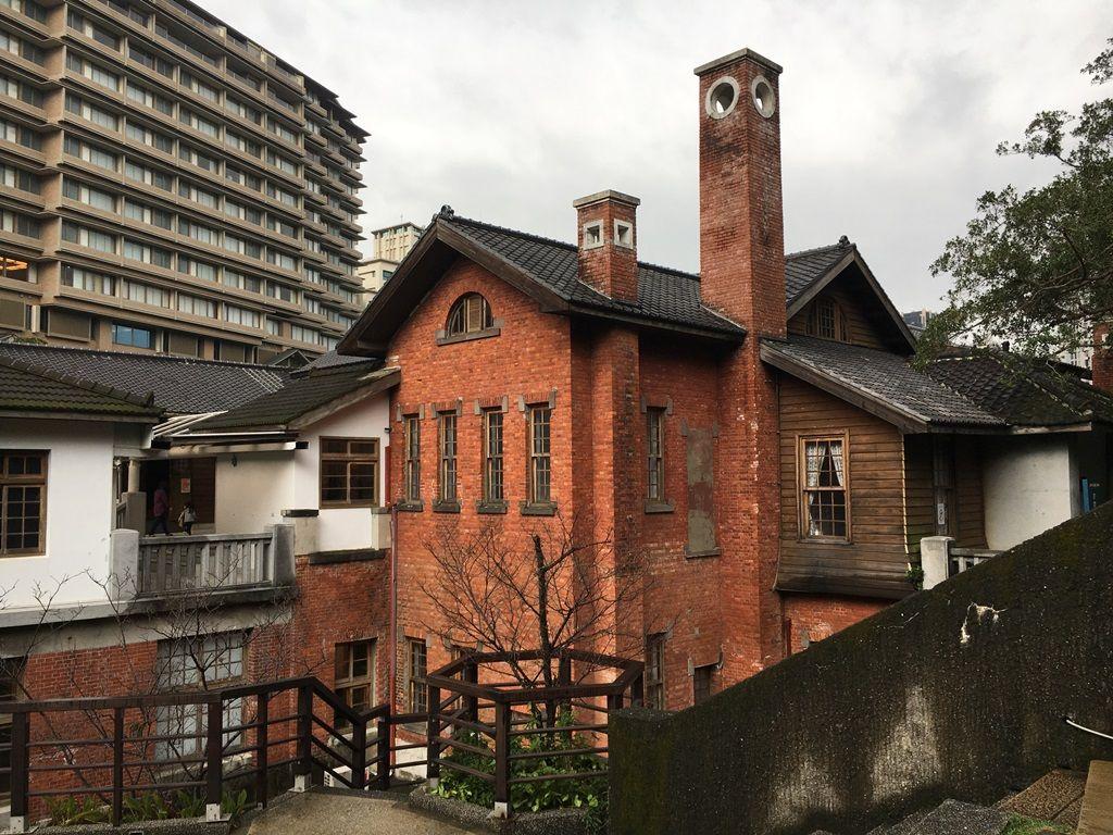 北投温泉には日本統治時代の浴場跡が