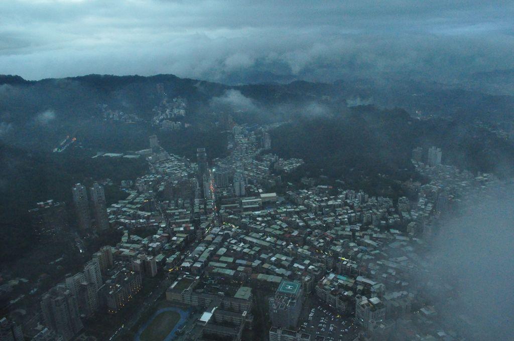 最後は台北101に登り、展望台から街を見下ろす!