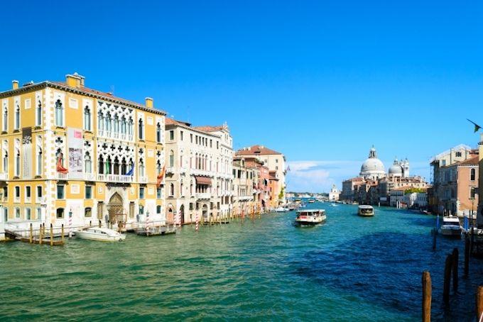 ヴェネツィアまでの飛行時間